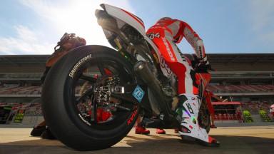 ブリヂストン、供給タイヤが良好に機能してサーキットレコードラップとトータルタイムを更新