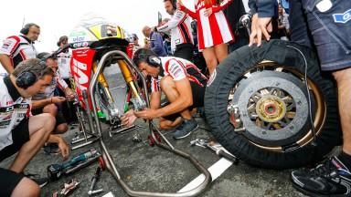 S.ブラドル、タイヤ交換の決断もセッティング変更の時間切れで16位