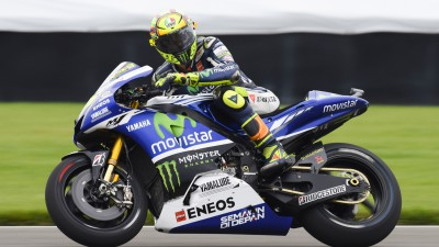 Rossi and Lorenzo head for Czech showdown