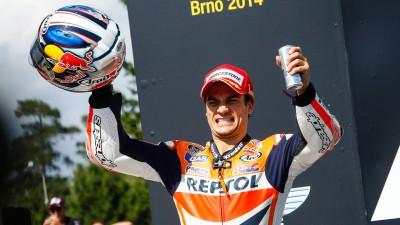 レプソル・ホンダのペドロサが今季初優勝、マルケスは連勝ストップの4位
