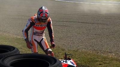 Márquez se recupera de una caída en la FP1 y termina segundo