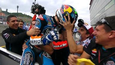 決勝レース:ポイントリーダーのマルケスが2年連続の優勝
