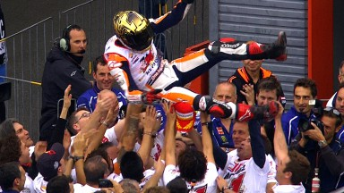 Brilliant Marquez retains MotoGP™ crown in second as Lorenzo wins Motegi race