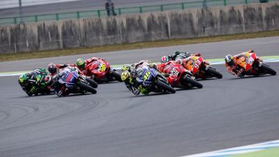 Tres pilotos en liza por el subcampeonato tras la coronación de Márquez