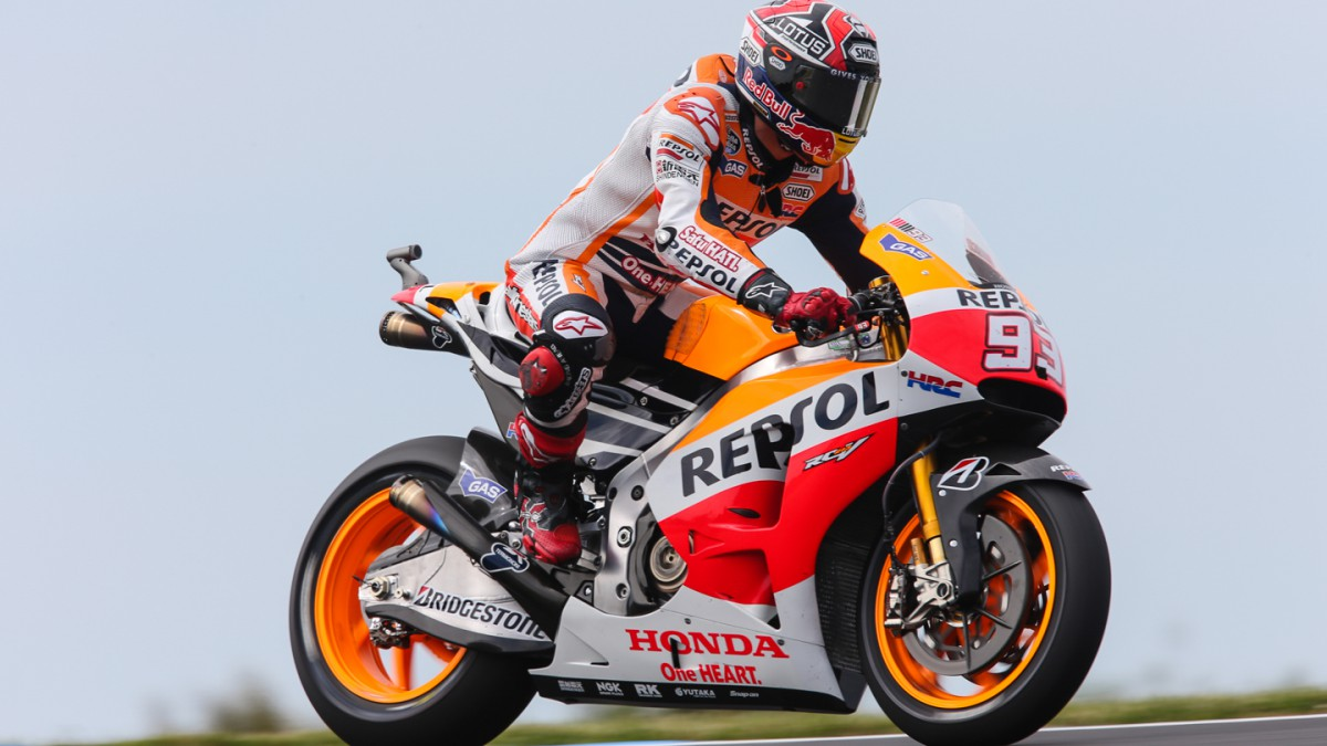 Marquez in front in morning Warm Up
