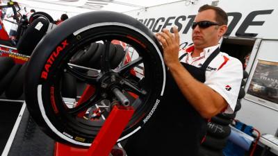 ブリヂストン、スペシャルタイヤが高水準のパフォーマンスと耐久性を発揮