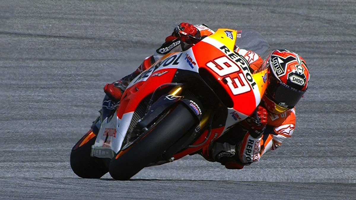Superb Sepang pole time from record breaker Marquez   MotoGP™