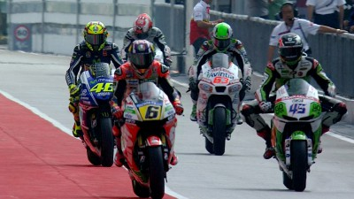 Marquez leads Warm Up ahead of penultimate race of 2014