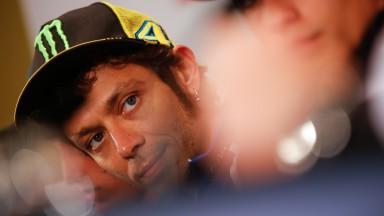 Rossi evalúa sus opciones al título de 2015