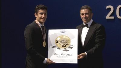La Gala FIM premió a los Campeones de 2014