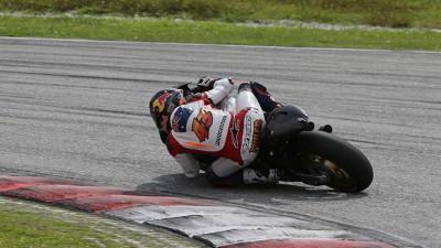 Miller estrena la moto de 2015 en Sepang