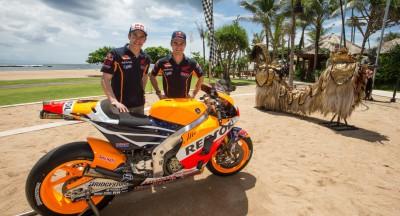 Márquez und Pedrosa zeigen neue Farben für 2015 auf Bali