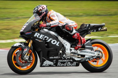 Repsol Honda pair review initial findings in Malaysia