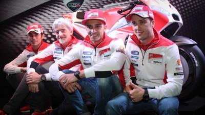 ドゥカティがデスモセディチGP15を初披露