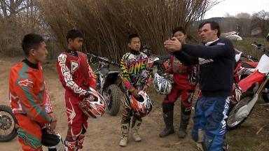 Junge Talente aus Asien trainieren in Barcelona