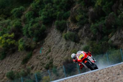 Simon fastest on opening day of Moto2™ test in Jerez