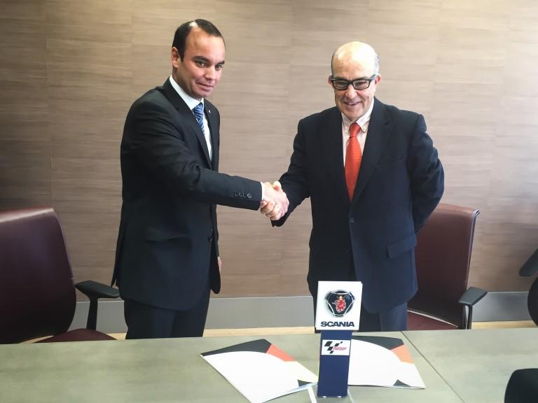 Scania Ibérica CEO Jose Antonio Mannucci, Dorna Sports CEO Carmelo Ezpeleta
