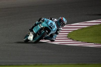 Kent mène la première séance d'essais Moto3™ au Qatar