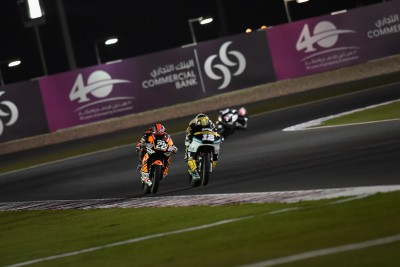 Exciting battle in Moto2™ Practice