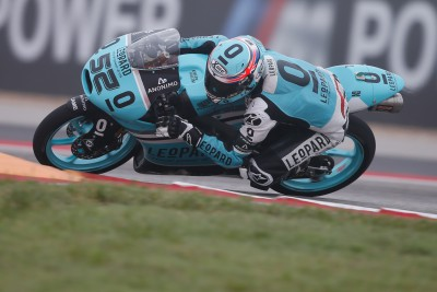 Kent smashes Moto3™ lap record in FP3