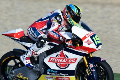 Simeon snatches Moto2™ pole from Lowes