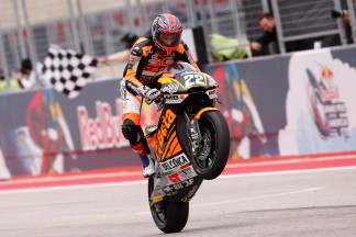 Lowes battles through the pain to take #AmericasGP win