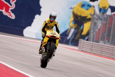El debutante Rins llega líder de Moto2™ a Argentina