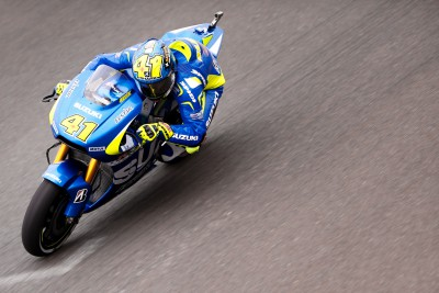Aleix Espargaro and Suzuki dominate day one in Argentina