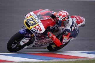 Antonelli mène les premiers essais Moto3™ en Argentine