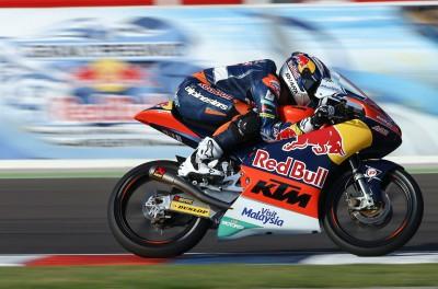 Oliveira décroche sa deuxième pole en Moto3™