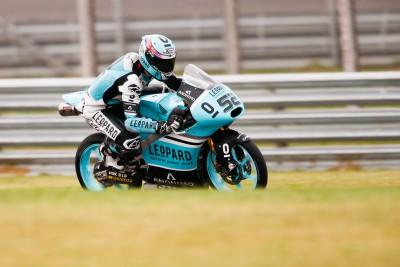 Kent continúa dominando en la FP3 de Moto3™