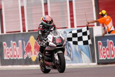 Zarco goûte enfin aux joies de la victoire en Moto2™