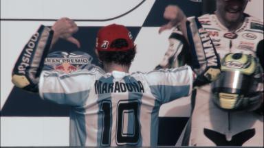 Rossi rinde un homenaje a Diego Armando Maradona