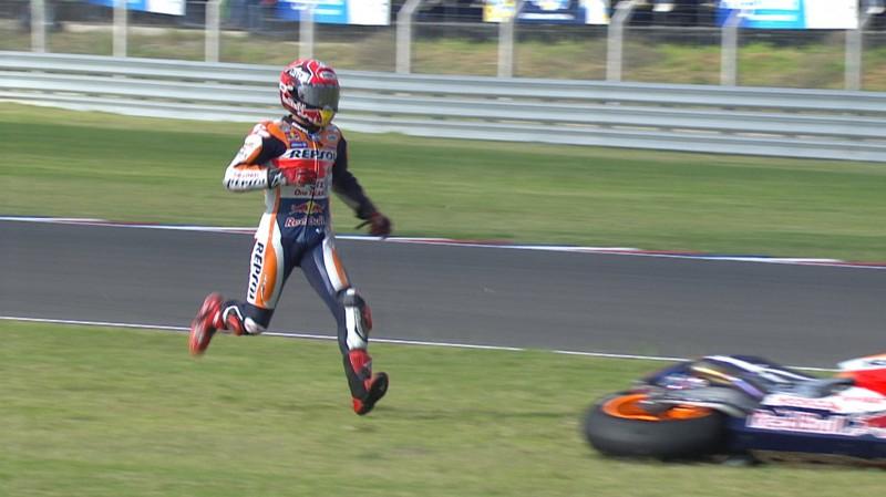 Terpaut 30 Poin Dari Rossi, Marquez Masih Optimis Raih Gelar Juara