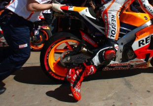 Rolling the dice on red backfires for Marquez