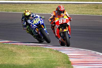 Rossi e Marquez riprendono il duello a Jerez