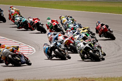 Who won the 2013 Jerez Moto2™ race from pole?