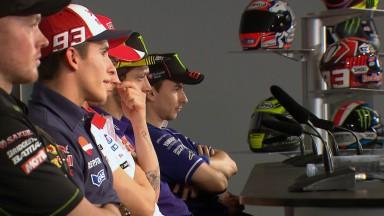 """Rossi: """"Ahora daré menos besos a Márquez"""""""