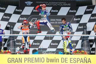 Lorenzo de retour au sommet du podium MotoGP™