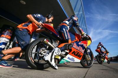 KTM fa la prima mossa nel test Moto3™ di Jerez