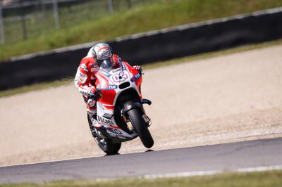 Dovizioso and Ducati dominate opening day at #ItalianGP
