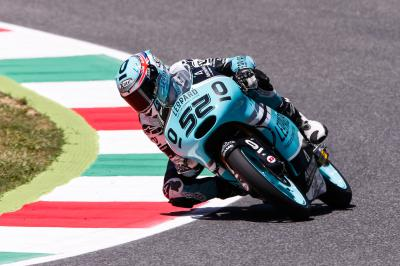 Kent im Moto3™ Qualifying mit der Pole Position