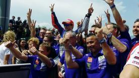Olhamos para a vitória de Lorenzo, o dia agri-doce da Ducati e as várias quedas do MotoGP.