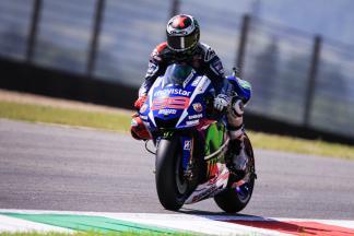 Lorenzo fastest, as Dovizioso & Crutchlow crash in Warm Up