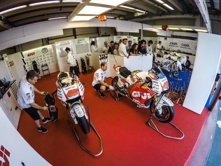 CWM LCR Honda garage