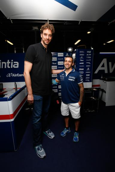 Pau Gasol, Chicago Bulls player, and Hector Barbera