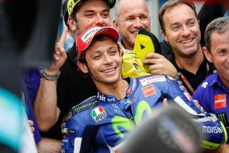 Rossi prend la pole au Motul TT Assen