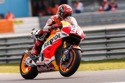 Márquez als Dritter in Reihe eins