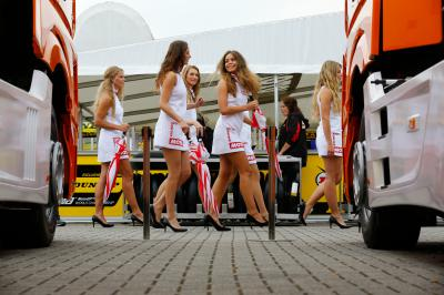 As Paddock Girls do #DutchGP