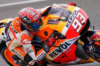 Márquez sets fast lap in MotoGP™ FP1